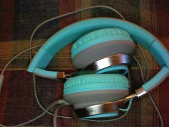 headphonesfolded